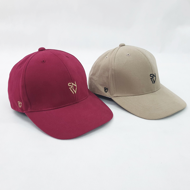 รับผลิตและจำหน่ายหมวกแบรนด์โดยโรงงานผลิตหมวก