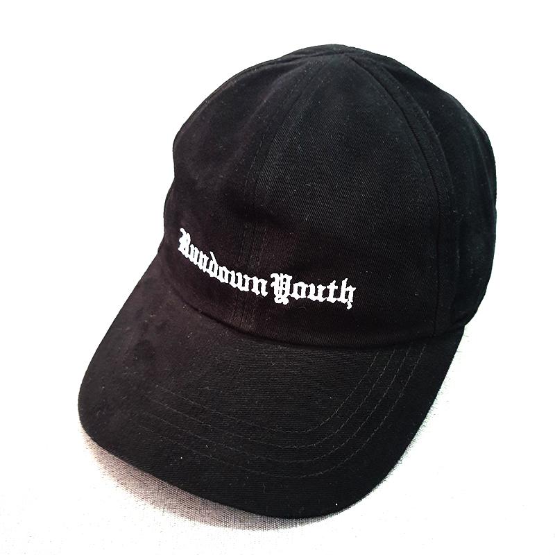 หมวกแบรนด์สีดำไม่มีกระดุมหมวก