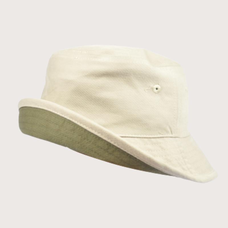 หมวกปีกรอบสีขาวครีม