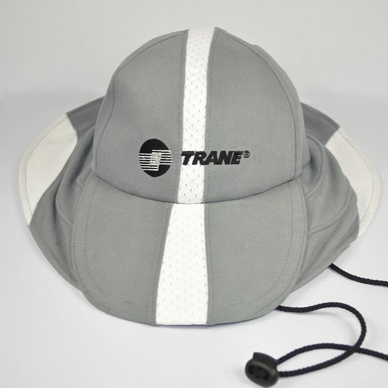 รับผลิตและออกแบบหมวกปีกรอบ